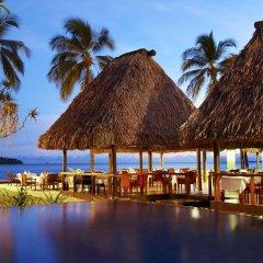Отель The Westin Denarau Island Resort & Spa, Fiji Фиджи, Вити-Леву - отзывы, цены и фото номеров - забронировать отель The Westin Denarau Island Resort & Spa, Fiji онлайн гостиничный бар