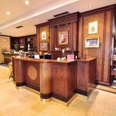 Отель Zen Premium Silom Soi 22 Бангкок гостиничный бар