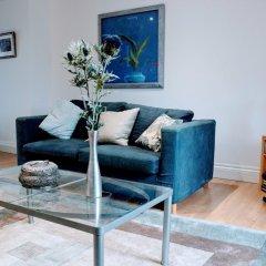 Отель 1 Bedroom Penthouse Apartment On Royal Mile Великобритания, Эдинбург - отзывы, цены и фото номеров - забронировать отель 1 Bedroom Penthouse Apartment On Royal Mile онлайн комната для гостей фото 5