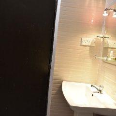 Отель Global City Hotel Шри-Ланка, Коломбо - отзывы, цены и фото номеров - забронировать отель Global City Hotel онлайн ванная фото 2