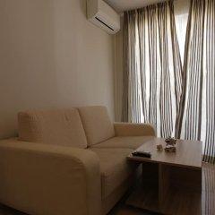 Апартаменты Luxury Apartment in Anastasia Palace комната для гостей фото 2
