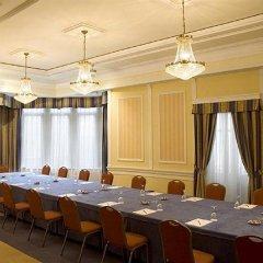 Отель One Shot Palacio Reina Victoria 04 фото 2