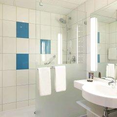 Отель Novotel Kraków City West ванная