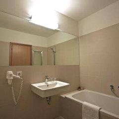 Bed & Breakfast Hostel Nives Стельвио ванная