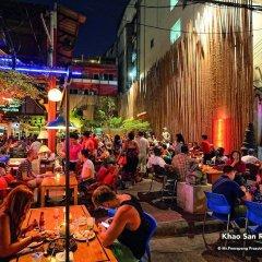Отель Zen Rooms Siripong Road Бангкок развлечения
