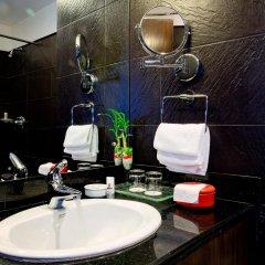 Отель Tibet International Непал, Катманду - отзывы, цены и фото номеров - забронировать отель Tibet International онлайн ванная фото 2