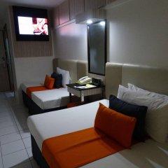 Отель Octagon Mansion Hotel Филиппины, Манила - отзывы, цены и фото номеров - забронировать отель Octagon Mansion Hotel онлайн спа фото 2