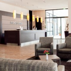 Отель IntercityHotel Dresden спа