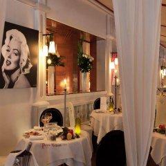 Отель Hôtel Barrière Le Fouquet's фото 2