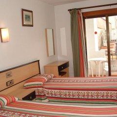 Отель La Cala Испания, Курорт Росес - отзывы, цены и фото номеров - забронировать отель La Cala онлайн комната для гостей фото 3