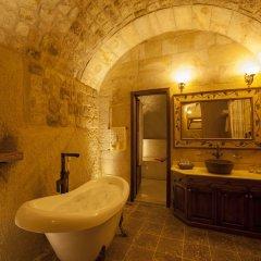 Отель Kayakapi Premium Caves Cappadocia ванная фото 2