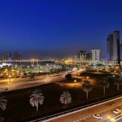 Отель Al Majaz Premiere Hotel Apartment ОАЭ, Шарджа - 1 отзыв об отеле, цены и фото номеров - забронировать отель Al Majaz Premiere Hotel Apartment онлайн балкон