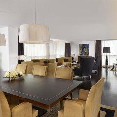 Sheraton Porto Hotel & Spa гостиничный бар