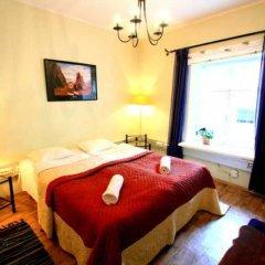 Отель OldHouse Hostel Эстония, Таллин - - забронировать отель OldHouse Hostel, цены и фото номеров комната для гостей
