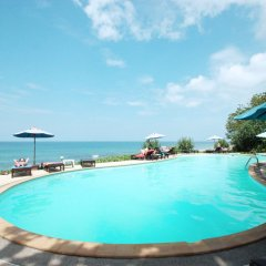 Курортный отель Amantra Resort & Spa бассейн фото 3