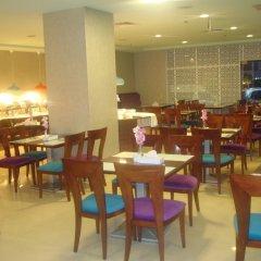 Al Manar Grand Hotel Apartments питание фото 3