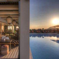 President Hotel Афины бассейн