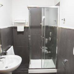 Отель Inn Rome Rooms & Suites ванная фото 4
