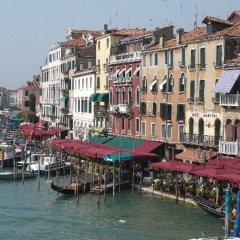 Отель Venice Grand Canal Terrace Италия, Венеция - отзывы, цены и фото номеров - забронировать отель Venice Grand Canal Terrace онлайн приотельная территория фото 2