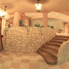 Отель Al Liwan Suites интерьер отеля