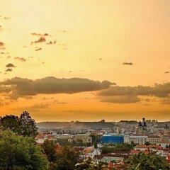 Апартаменты Royal View Apartments Прага приотельная территория фото 2