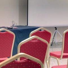 Отель Crowne Plaza Madrid Airport детские мероприятия фото 2
