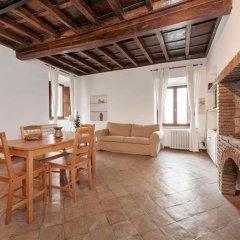 Отель Casa Flaminia al Colosseo комната для гостей фото 5
