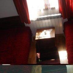 Отель Vodenicharovata House Банско удобства в номере фото 2