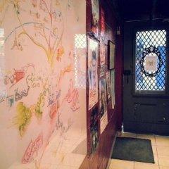 Отель Young & Happy Latin Quarter by Hiphophostels интерьер отеля фото 2