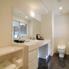 Отель Candeo Hakata Terrace Фукуока ванная