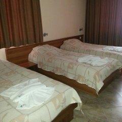 Отель Family Hotel Yola Болгария, Чепеларе - отзывы, цены и фото номеров - забронировать отель Family Hotel Yola онлайн комната для гостей фото 5