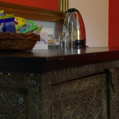 Отель Surin Sweet Пхукет гостиничный бар