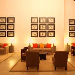 Отель Avani Bentota Resort Шри-Ланка, Бентота - 2 отзыва об отеле, цены и фото номеров - забронировать отель Avani Bentota Resort онлайн интерьер отеля фото 2