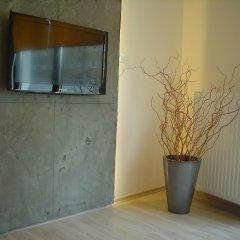 Отель Werset Comfort Польша, Варшава - отзывы, цены и фото номеров - забронировать отель Werset Comfort онлайн удобства в номере фото 2