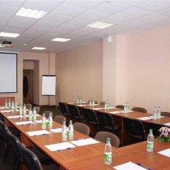 Гостиница Uyutnaya Orenburg в Оренбурге отзывы, цены и фото номеров - забронировать гостиницу Uyutnaya Orenburg онлайн Оренбург помещение для мероприятий