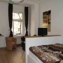Отель Traumberg Flats Германия, Берлин - отзывы, цены и фото номеров - забронировать отель Traumberg Flats онлайн комната для гостей