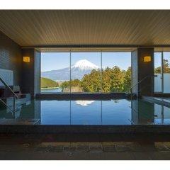 Отель Kyukamura Fuji Яманакако бассейн фото 2