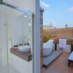 Отель Coconut Tree Hulhuvilla Beach Мале ванная фото 2
