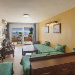 Отель Jabega Испания, Фуэнхирола - отзывы, цены и фото номеров - забронировать отель Jabega онлайн комната для гостей фото 5