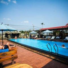 Jade Hotel Hoi An бассейн