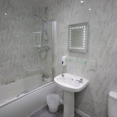 Отель The Merchant City Inn Великобритания, Глазго - отзывы, цены и фото номеров - забронировать отель The Merchant City Inn онлайн ванная фото 2