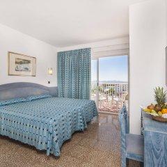 Отель Globales Condes de Alcudia комната для гостей
