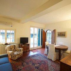 Апартаменты Toflorence Apartments - Oltrarno Флоренция комната для гостей фото 5