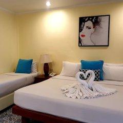 Отель Sabai Resort Pattaya сейф в номере
