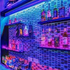 Отель Jomtien Beach Pool House гостиничный бар