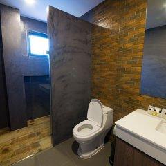 Отель V20 boutique hotel Таиланд, Бангкок - отзывы, цены и фото номеров - забронировать отель V20 boutique hotel онлайн ванная фото 2