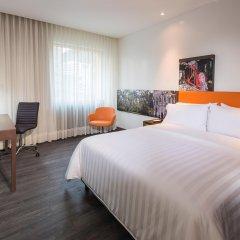 Отель Hampton by Hilton Cali комната для гостей