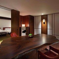 Отель Andaz Tokyo Toranomon Hills - a concept by Hyatt Япония, Токио - 1 отзыв об отеле, цены и фото номеров - забронировать отель Andaz Tokyo Toranomon Hills - a concept by Hyatt онлайн в номере фото 2