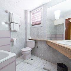 Отель Pension Miami Барселона ванная фото 2