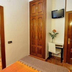 Отель Hostal Castilla I Испания, Мадрид - отзывы, цены и фото номеров - забронировать отель Hostal Castilla I онлайн фото 2